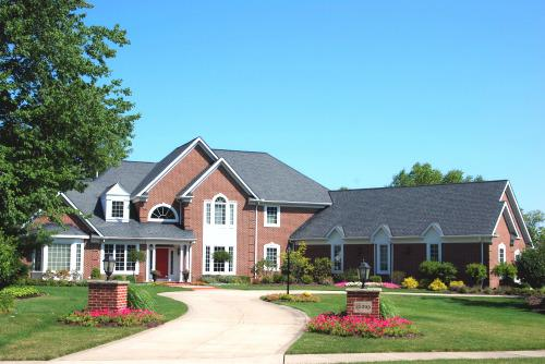 Forest Hills luxury homes of Solon