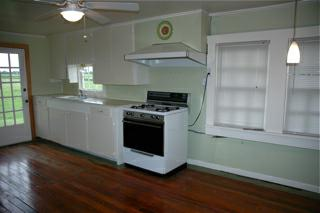 Cottage for rent Alfred Rd - Maurice, LA - Kitchen