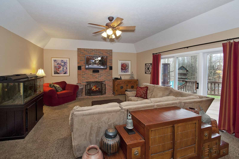 Solon Ohio home for sale - Chagrin Highlands