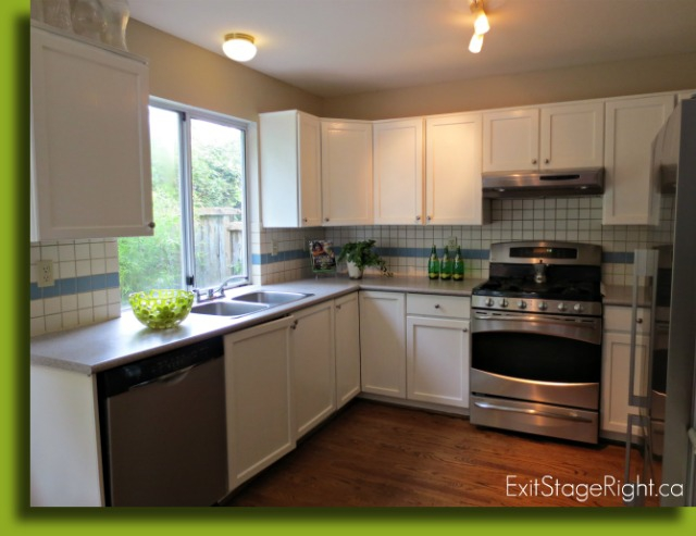 Delbrook North Vancouver Home Staging Tips Paint Wood Cabinets