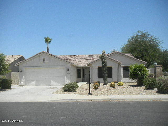 Mesa AZ Home for Sale with 3 Bedrooms - 3 Bed 2 Bath Home for Sale