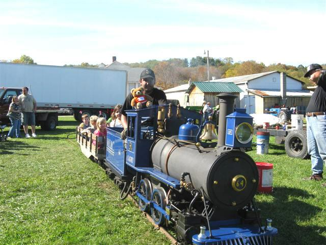 Train ride at Algonquin Mill Festival