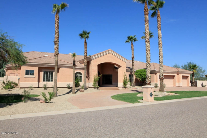 4 Bed 4 Bath Home for Sale in Scottsdale - Scottsdale Custom Home for Sale