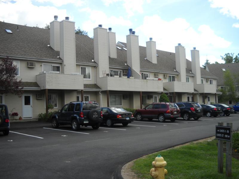 Pembroke Area Real Estate In Danbury Ct