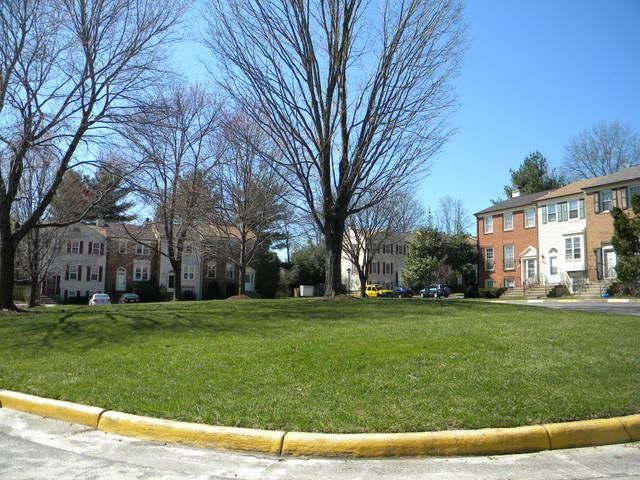 Lots of open space in Dunn Loring Village