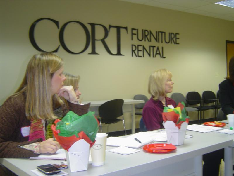 Houston Meets Dallas At The Sif North Tx Roundtable Hosted By Cort Furniture