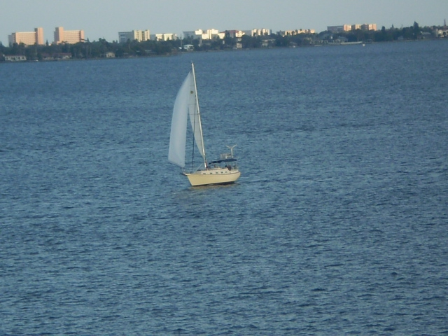 Sailing in the Indian River Lagoon