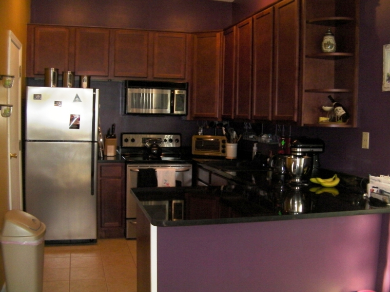 The kitchen of a condo in Four Lakes