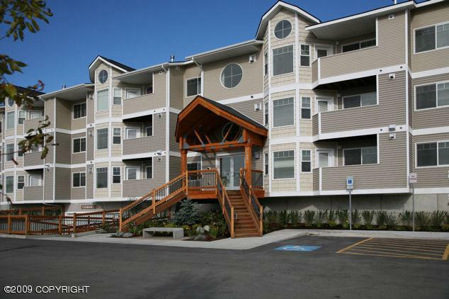 Do people buy condominiums in anchorage alaska for Do you have to buy land in alaska