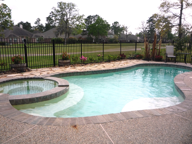Homes With Pools And On The Golf Course Under 250 000 In