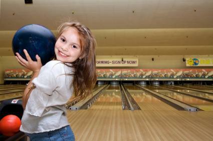 Bowling at Solon Freeway Lanes