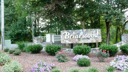 Briarwood entrance
