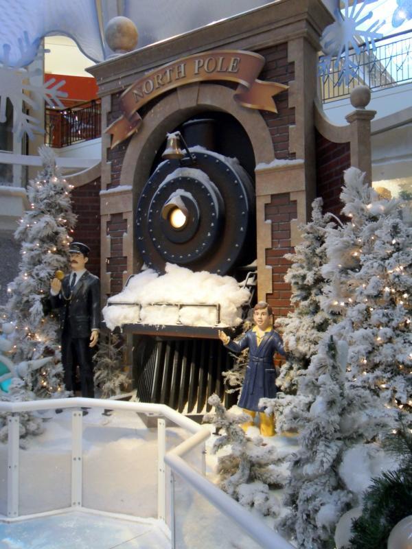 Visit Santa at The Mall at Wellington Green in Wellington FL!