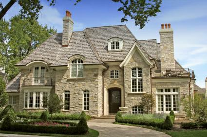 luxury homes in solon