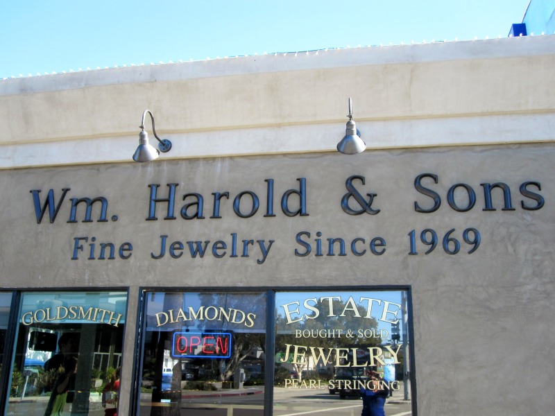 William Harold Jewelers
