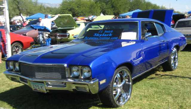 Rotary Club Sponsors Car Show In Tucson Over Cars