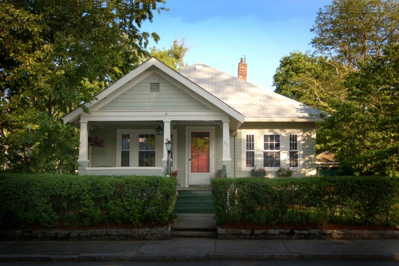 Craftsman Bungalow Staged Sold 10 Dom