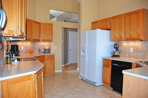 2580 Walton Blvd. Twinsburg Ohio 44087 - Kitchen
