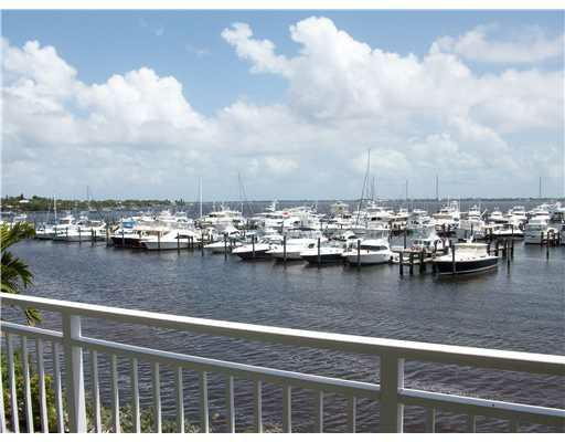 Harborage Yacht Club, Jensen Beach, Florida