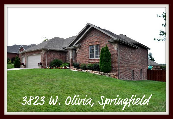 3823 w olivia springfield mo all brick walkout basement home sold. Black Bedroom Furniture Sets. Home Design Ideas