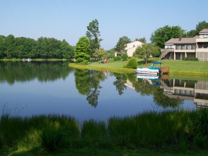 Lakefront Condos in Fairfield Glade