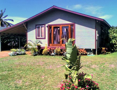 Maui starter home for sale in Paia on the north shore