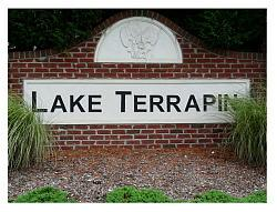 Lake Terrapin Entrance