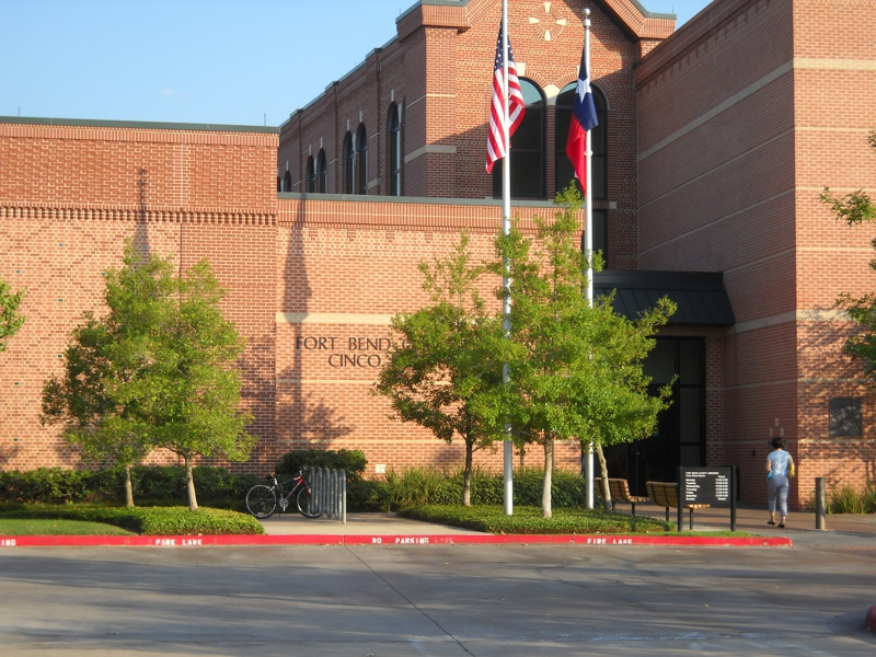 Front of Cinco Ranch Branch Library