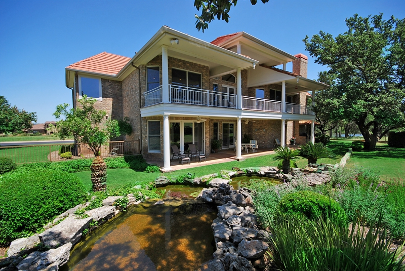 Barton creek lakeside homes for sale for Lakeside cabins for sale