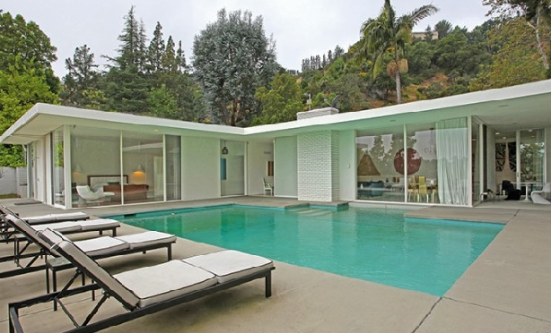 A stunning mid century modern home in bel air 1711 stone for Mid century modern homes los angeles