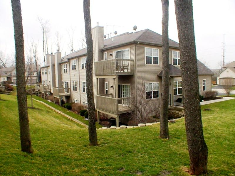 Townhomes at Cobblestone Woods McHenry County, IL