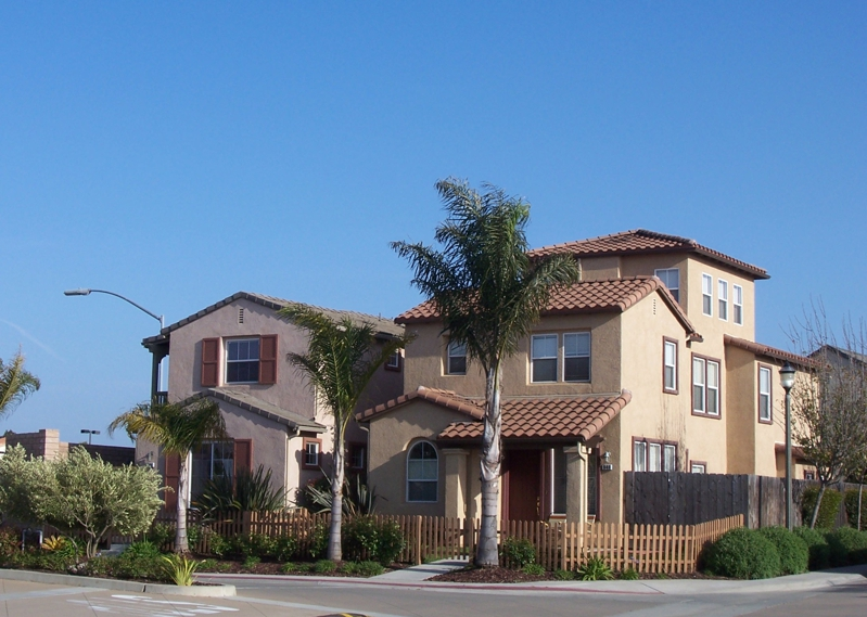 Autumn glen townhomes in santa maria ca 1st quarter 2011 for Garage santamaria saint maximin