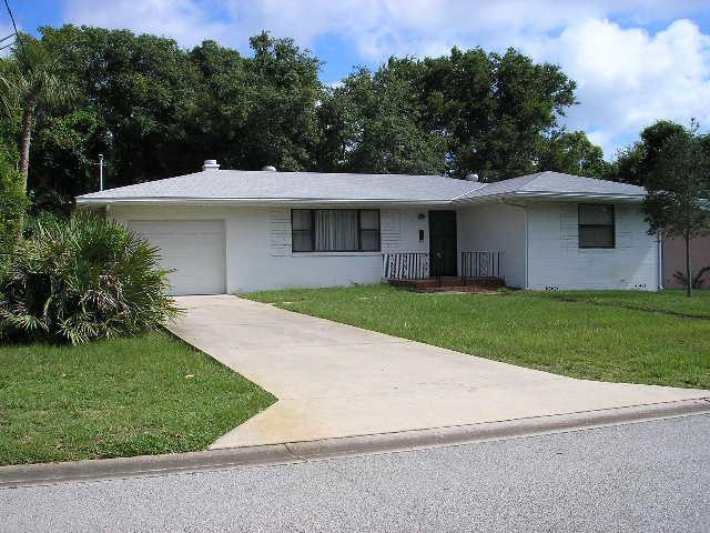 39 Ormond Parkway in Ormond Beach Florida
