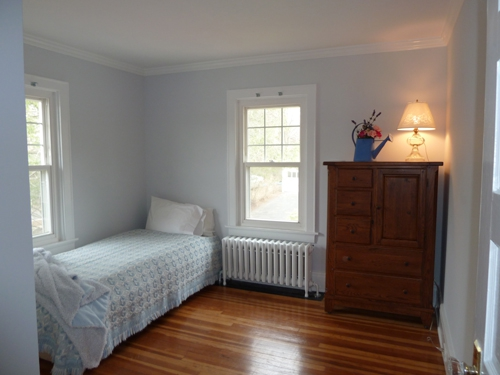 3 BR Colonial in Trumbull, CT 06611 for Sale