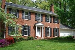 HOMES FOR SALE IN LAKEVALE ESTATES IN VIENNA, VA