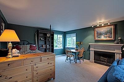 Living Room Suites  Sale on Living Room   Short Sale