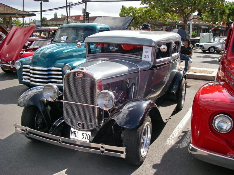 2009 Classic Car Show pictures - Peggy Sue\'s in Kihei Maui