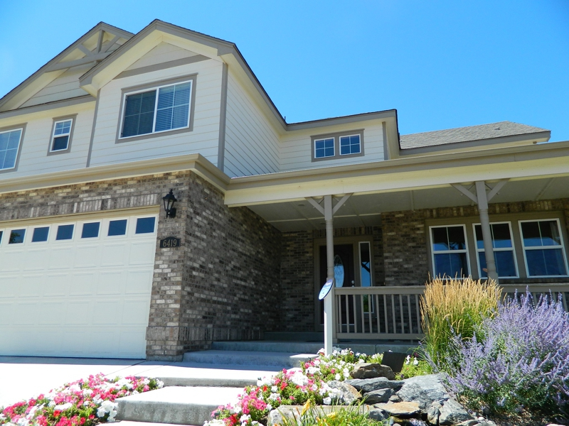 MODEL HOME FOR SALE IN BEACON POINT AURORA CO 80016