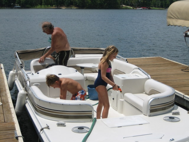 Lake Oconee Granchildren Helping Clean the Boat