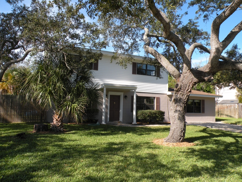 pool home for sale in melbourne florida