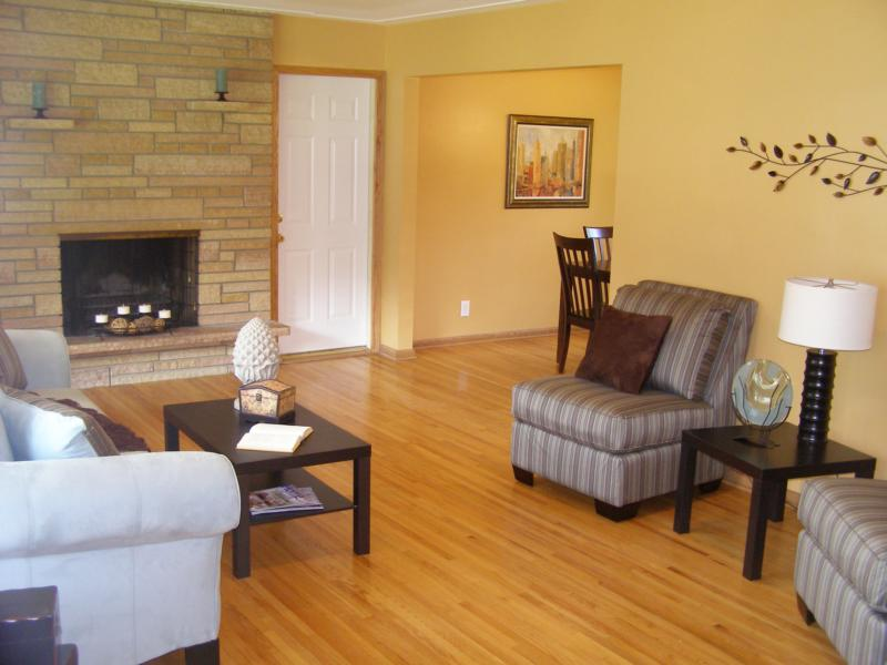 Furniture Rental For Stagers In Minnesota