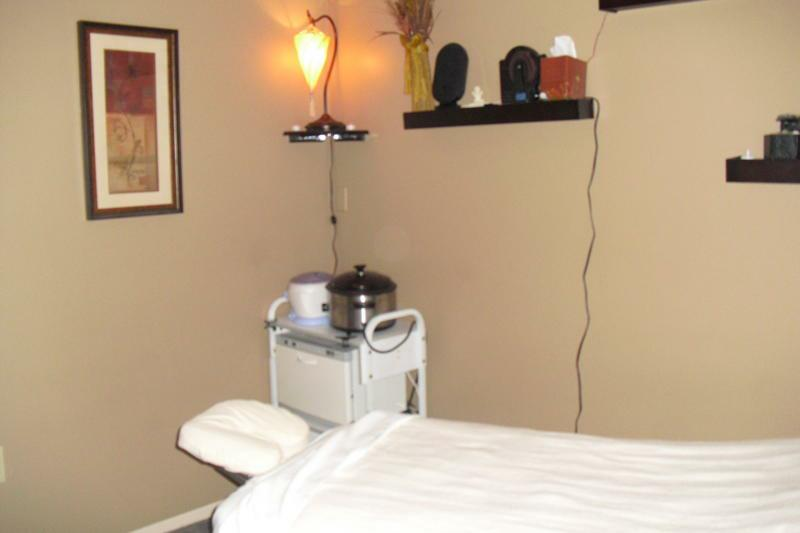 South Lyon massage -South Lyon body waxing