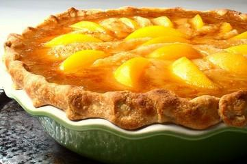 Russell Bakes a Peach Pie for Jennifer!