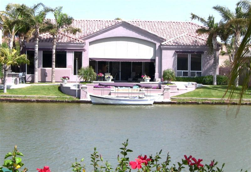 are homes for sale on the waterfront in val vista lakes and also homes