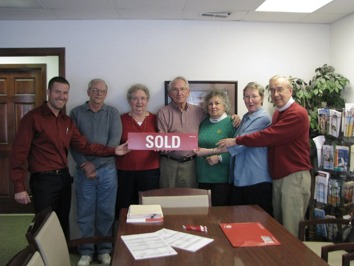 A view of the happy sellers with Sam Cooper,1111 Lancaster Ave.,Reynoldsburg Ohio 43068
