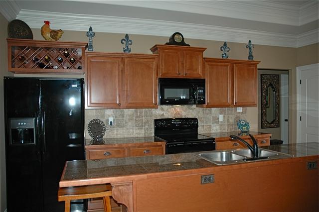 305 Forest Creek in Scott Louisiana, kitchen
