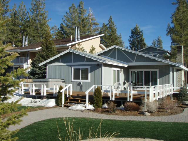 Big bear lakefront homes for sale for Lakeside cabins for sale