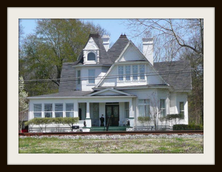 Experience the historic district of como ms for Home builders in south mississippi