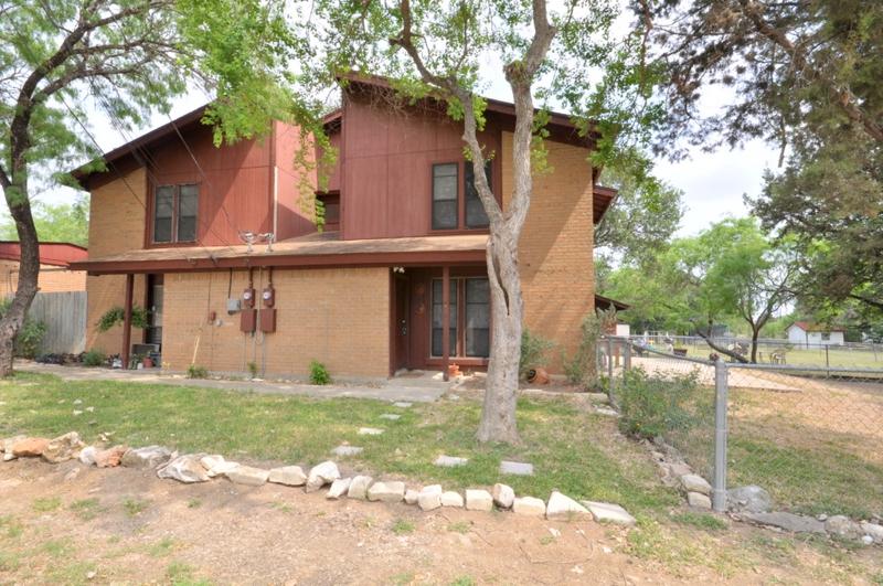 a san marcos texas duplex for sale near texas state university
