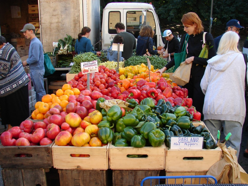 jack london square year round farmers market in oakland ca